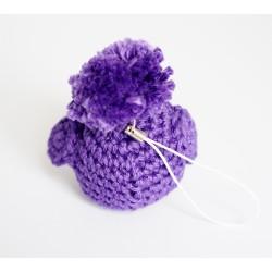 Bijou de sac piou-piou / petit oiseau violet réalisé au crochet