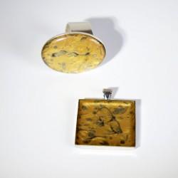 Parure bague ajustable et pendentif carré or et argent en peinture et résine
