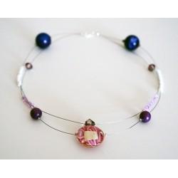 Collier rose, violet et blanc réalisé en perles de verre