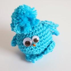 Piou-piou petit oiseau turquoise réalisé au crochet