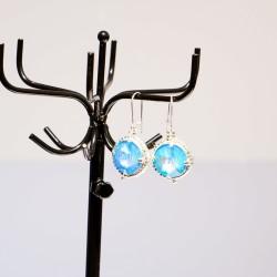Boucles d'oreilles fantaisie bleues et argentées en cristal de Swarovski et délicas