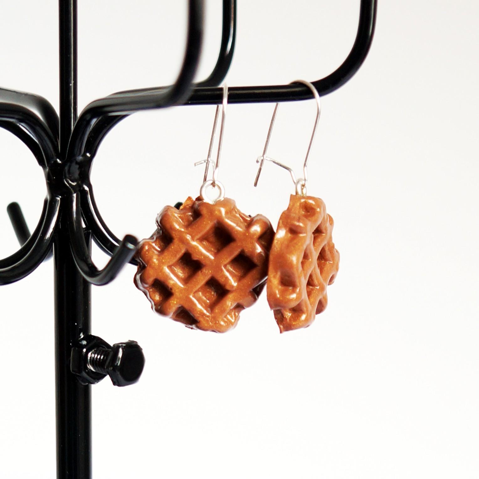 boucles d 39 oreilles gourmandes en gaufres de li ge les bijoux du n. Black Bedroom Furniture Sets. Home Design Ideas