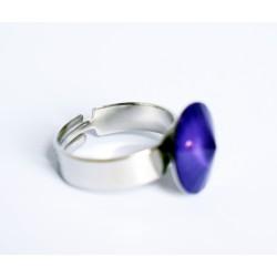 Bague solitaire violet