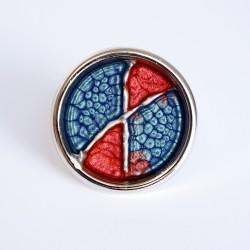 Grande bague ajustable bleue et rouge en peinture et résine