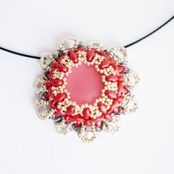 Pendentif baroque rouge et argent en perles