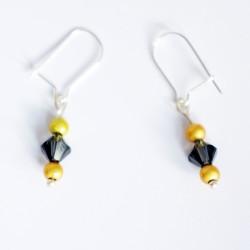 Petites boucles d'oreilles jaunes et grises