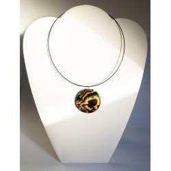 Pendentif noir, jaune et orange fluo