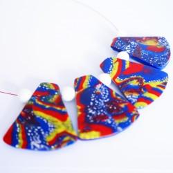 Collier mi-long multicolores avec perles plates faites main