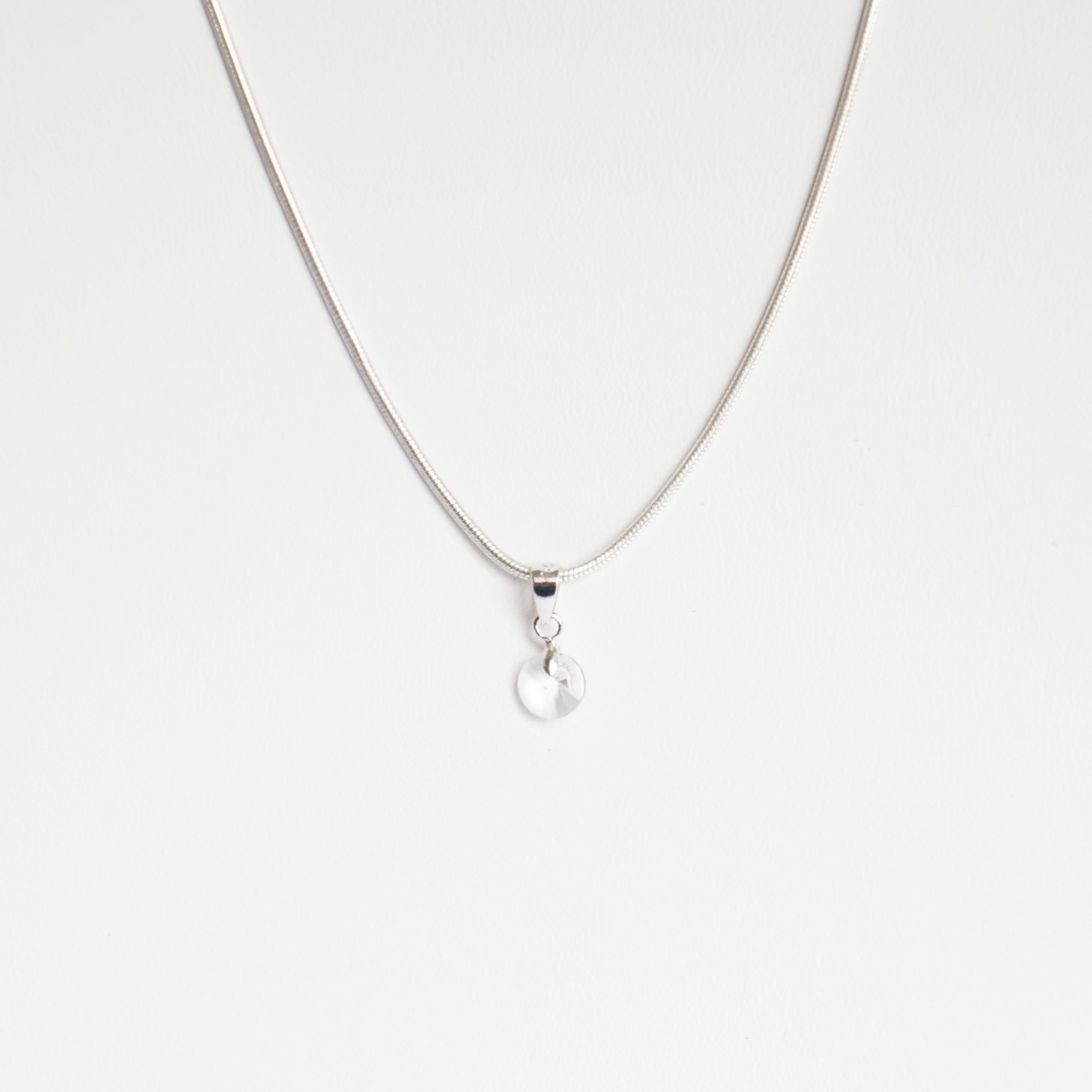 468dd57c936fd Très petit pendentif rond en cristal de Swarovski transparent et ch...