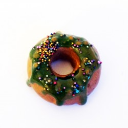 """Donuts"" pendant with green..."