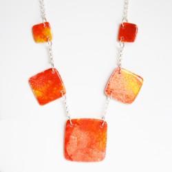 Collier fantaisie carré orange et jaune