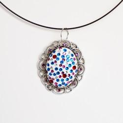 Vintage-style oval pendant...