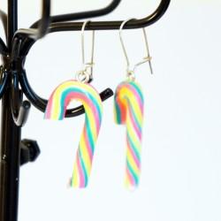 Boucles d'oreilles sucres d'orge multicolores