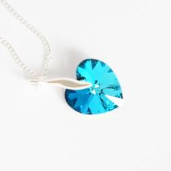 Collier coeur bleu en cristal
