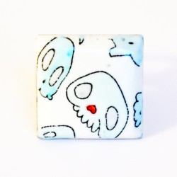 Square ring with blue skulls