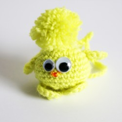 "Little yellow ""piou-piou"" bird - jewelry bag"