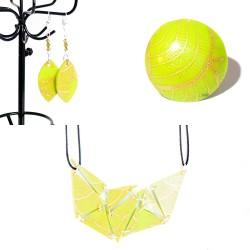 Parure bague, collier et boucles d'oreilles vert fluo