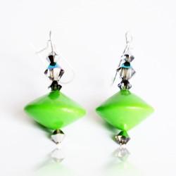 Boucles d'oreilles vertes réalisées à la main