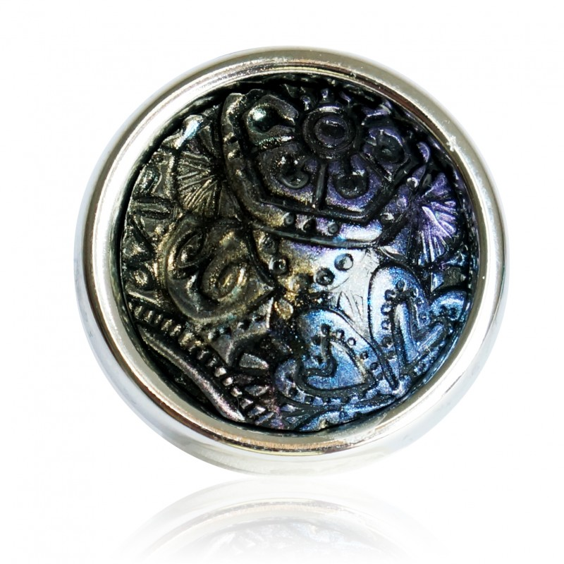 Large black ring with metallic reliefs