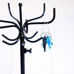Boucles d'oreilles triangulaires bleues, blanches et turquoises