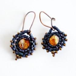 Boucles d'oreille oranges et violettes en perles