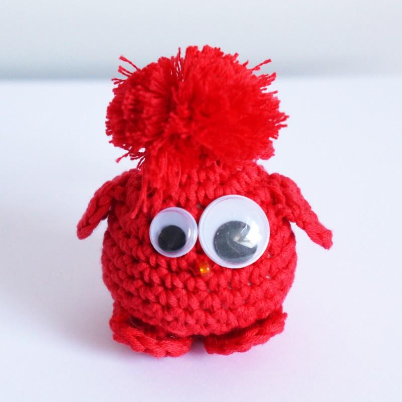 Piou-piou rouge réalisé au crochet