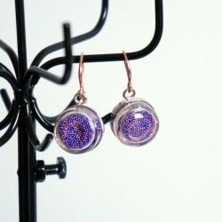 Boucles d'oreilles en microbilles bleues et roses